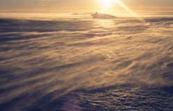 Durchbrennenschnee auf einem Gletscher Stockbild
