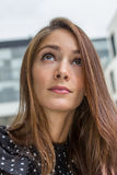 Durchdachte junge Frau Lizenzfreies Stockfoto