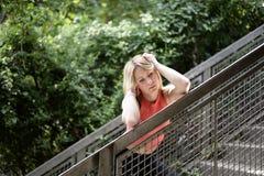 Durchdachte junge Frau Stockbilder