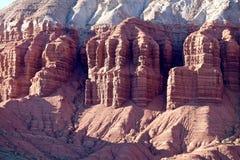 Durchdachte rote Felsformationen Lizenzfreie Stockfotos