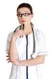 Durchdachtes junges weibliches docto lizenzfreies stockfoto