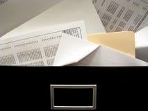 Durcheinandergeworfener Filedrawer-Überlauf Stockbild