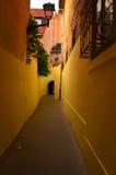 Durchgang in der Stadt Stockfotografie