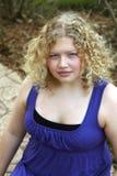 Durchschnittliches jugendlich blondes Mädchen Stockfotografie