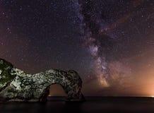 Durdle门银河 库存图片