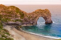 durdle Англия двери свободного полета пляжа юрская Стоковые Фотографии RF