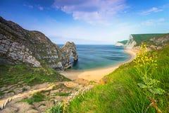 Durdle drzwi przy plażą na Jurajskim wybrzeżu Dorset Fotografia Stock