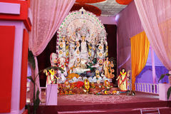 Durga de la diosa pandal para el puja del navratra Fotografía de archivo