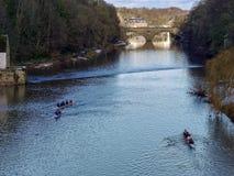 DURHAM, CONDADO DURHAM/UK - 19 DE ENERO: El Kayaking a lo largo del río Fotos de archivo