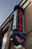DURHAM NC/USA - 10-23-2018: Carolina Theater i i stadens centrum Durham, en mötesplats för filmer och levande händelser royaltyfri fotografi