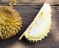 Durian σε έναν ξύλινο Στοκ Φωτογραφίες