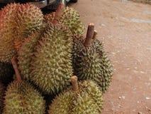 Durian, che ? un in molti numeri da vendere immagine stock libera da diritti