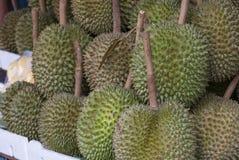 Durian nel mercato - orizzontale Fotografia Stock Libera da Diritti
