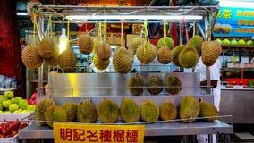 Durian owoc handlarz zdjęcie royalty free