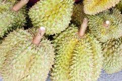 Durianfrüchte in Thailand Lizenzfreies Stockfoto