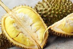 Durianfrucht reif für gegessen stockfoto