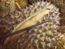 Durianfruit in de markt Thailand stock afbeelding