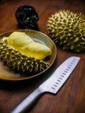 Duriankoning van fruitreeks op lijst Royalty-vrije Stock Foto's