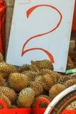 duriansförsäljning royaltyfri bild