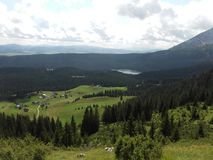 Durmitor berg i Montenegro Zabljak arkivfoton