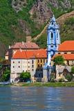 Durnstein en Danubio (valle) de Wachau, Austria Imagen de archivo