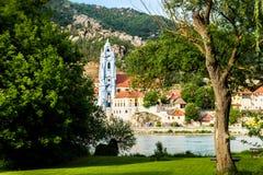 Durnstein en el río Danubio en el valle pintoresco de Wachau Imágenes de archivo libres de regalías
