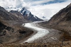 Durung Drung Glacier near Pensi La pass on Zanskar road - Great Himalayan range - Zanskar - Ladakh - India Stock Images