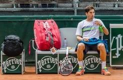 Dusan Lajovic spelar i andra hand runt i Roland Garros 2014 Fotografering för Bildbyråer