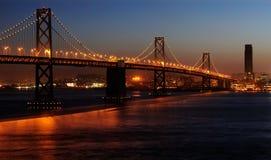 dusk γεφυρών κόλπων Στοκ Φωτογραφίες
