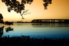 dusk γεφυρών stockton Στοκ φωτογραφίες με δικαίωμα ελεύθερης χρήσης