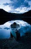 dusk κανό Στοκ Εικόνες