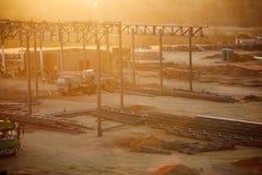 dusk κατασκευής σκιαγραφεί το ηλιοβασίλεμα περιοχών Στοκ Φωτογραφίες