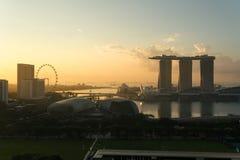 dusk Σινγκαπούρη εικονικής παράστασης πόλης Τοπίο του επιχειρησιακού bui της Σιγκαπούρης στοκ φωτογραφία με δικαίωμα ελεύθερης χρήσης