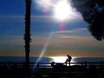 dusk σκιαγραφία θάλασσας πα& Στοκ φωτογραφία με δικαίωμα ελεύθερης χρήσης