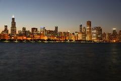 dusk του Σικάγου ορίζοντας Στοκ Φωτογραφία