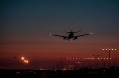 dusk 2 αεριωθούμενη προσγείωση Στοκ φωτογραφία με δικαίωμα ελεύθερης χρήσης