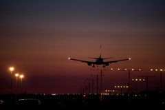 Dusk Jet Landing 1 Royalty Free Stock Images