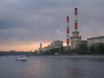 Dusk over Moskva river Royalty Free Stock Images