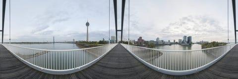 Dusseldorf bij schemer Royalty-vrije Stock Afbeelding