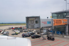DUSSELDORF - 22nd JULY 2016: Airplane being preparing for takeoff at terminal gate, leaving the inaugural flight to Singapore Stock Images