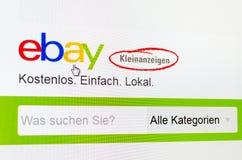 Dusseldorf Niemcy, Maj, - 09, 2017: strona internetowa Germany Ebay mała reklama - Ebay kleinanzeigen Zdjęcie Stock