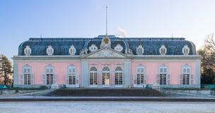 Dusseldorf, Reno-Westphalia norte, Alemanha - 22 de janeiro de 2017 Castelo Benrath Fotos de Stock Royalty Free