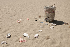 Dustbin on Venice beach, Los Angeles Royalty Free Stock Images