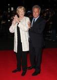 Dustin Hoffman, Maggie史密斯贵妇人 免版税库存照片