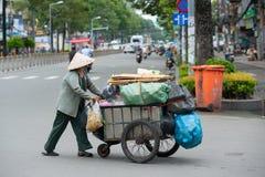 Dustwoman mayor vietnamita, Saigon, Vietnam Fotos de archivo