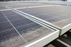 Dusty Photovoltaic Panels sujo foto de stock