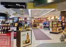 Duty free κατάστημα Στοκ εικόνα με δικαίωμα ελεύθερης χρήσης