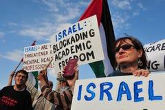 Dutzende Doktoren Attempt, Gaza von Israel zu betreten Stockbild