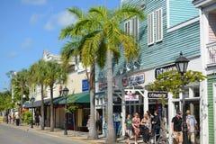 Duval Straße in Key West, Florida Stockbilder