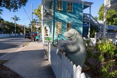Duvalstraat in Key West van de binnenstad Stock Foto